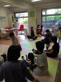 201510保育士さんとあそぼう1.jpg